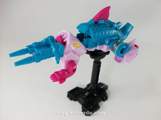 Transformers Skalor G1 Reissue - modo arma