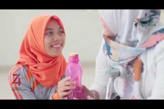 Hari Merdeka I 17 Agustus (cover by Zahro) Alumni SMK Islam Kepanjen