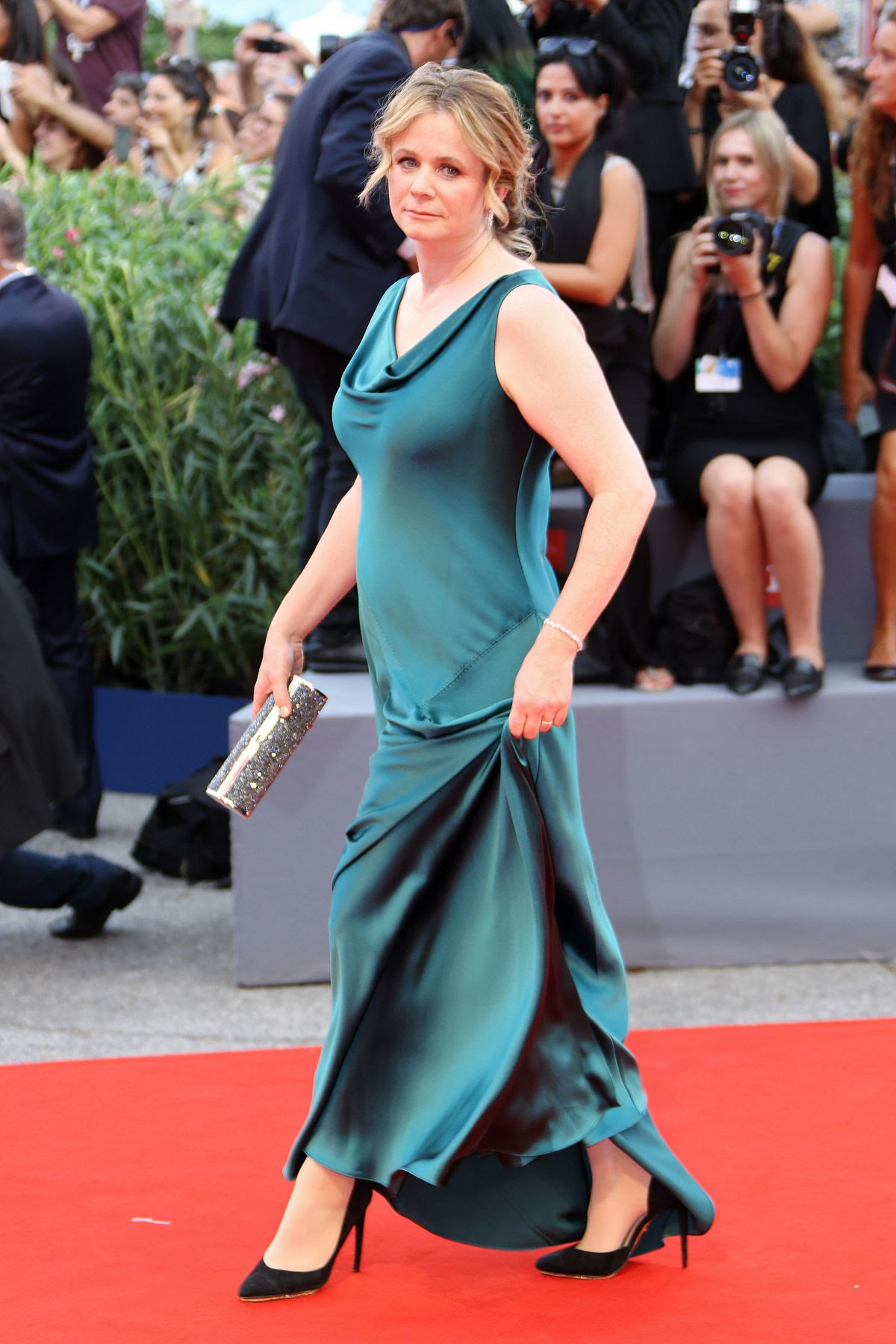 http://www.hawtcelebs.com/wp-content/uploads/2015/09/emily-watson-at-everest-premiere-and-72nd-venice-film-festival-opening-ceremony_4.jpg