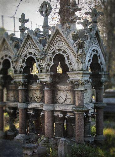 Kensal Green Cemetery London has crests