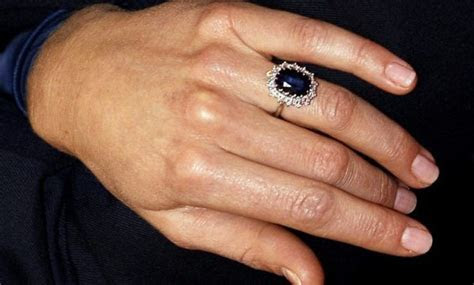 10 Facts: Kate Middleton's Engagement Ring