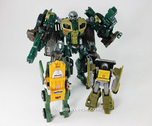 Transformers Brawn RotF NEST Deluxe vs G1 vs Universe - modo robot