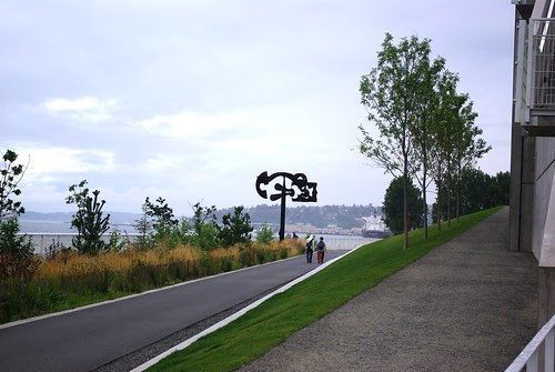 2008-07-29 Seattle Sculpture Park (26)