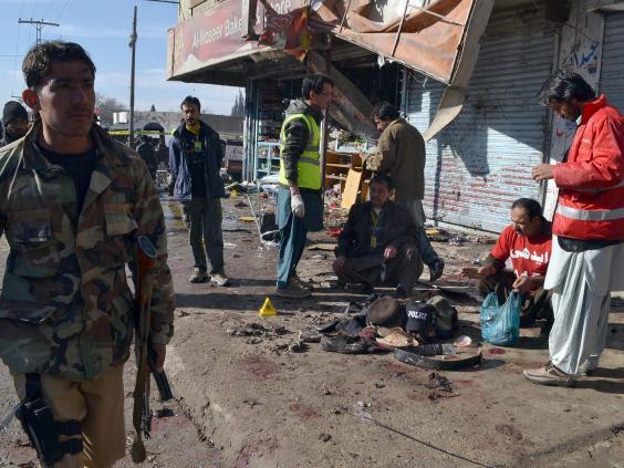 Pakistan-bomb-polio-centre.jpg
