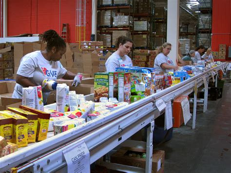 military families  relying  food banks
