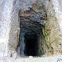 Couto Mineiro do Cabo Mondego: Mina de Carvão da Serra da Boa Viagem na Figueira da Foz - Buraco em profundidade [en] Coal Mine in Boa Viagem Mountain, Figueira da Foz, Portugal - Hole in depth