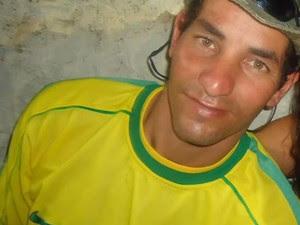 Michel foi espancado e morto a pedradas em Cruzeiro (Foto: Arquivo Pessoal)