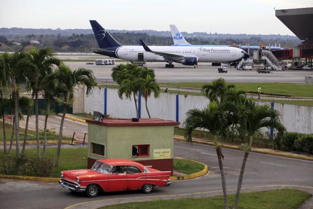 À partir de mercredi, American desservira La Havane... (Photo Reuters)