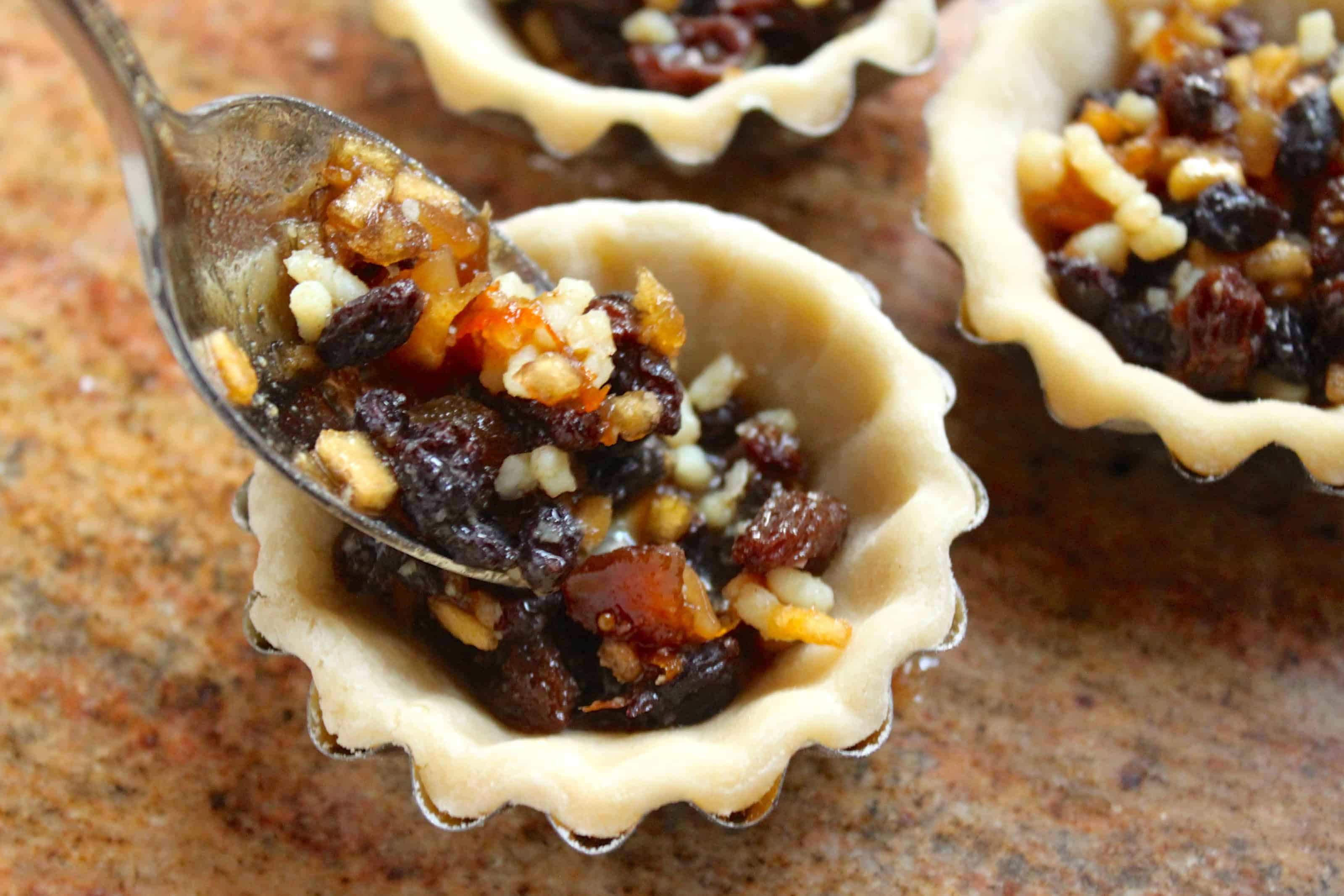 Mince Pies (Mincemeat) Pies for a Traditional British ...