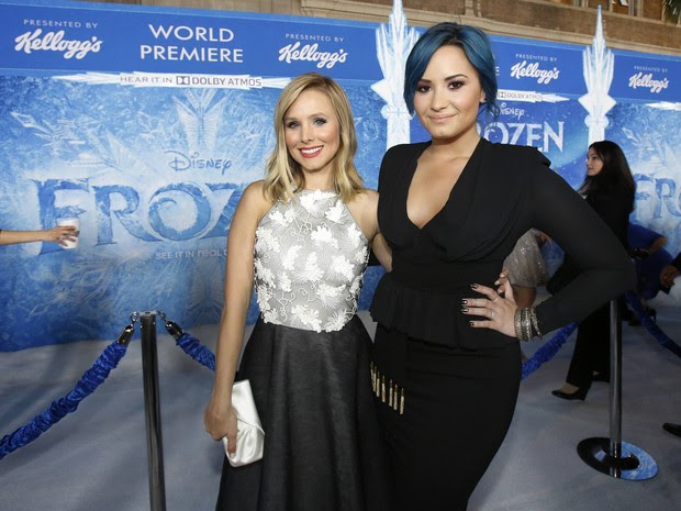 Kristen Bell e Demi Lovato em première de filme em Los Angeles, nos Estados Unidos (Foto: Mario Anzuoni/ Reuters)