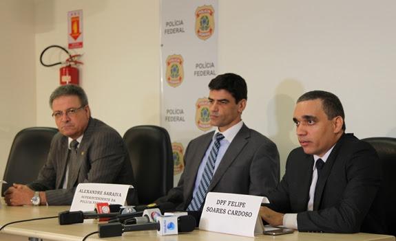 Luciano Meneses Evaristo, diretor do Ibama (à esquerda), Alexandre Saraiva, superintendente da Polícia Federal (ao centro) e Felipe Soares Cardoso (à direita)