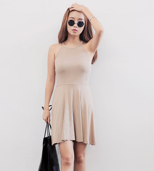 [Stylenanda] Plain Halterneck Flared Dress