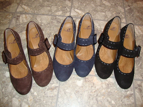 shoes in three colors!