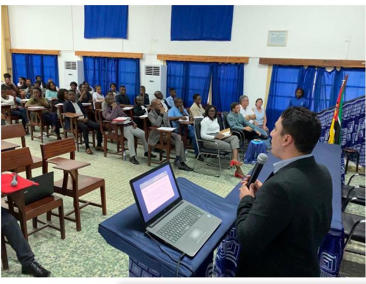 Juiz Douglas Lima titular da comarca de Cururupu ministra palestra em Moçambique sobre o projeto Justiça Itinerante