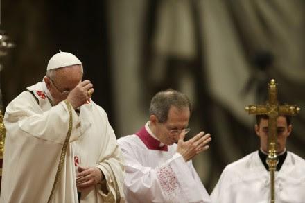 El Papa Francisco durante la misa de Jueves Santo. Foto: AP