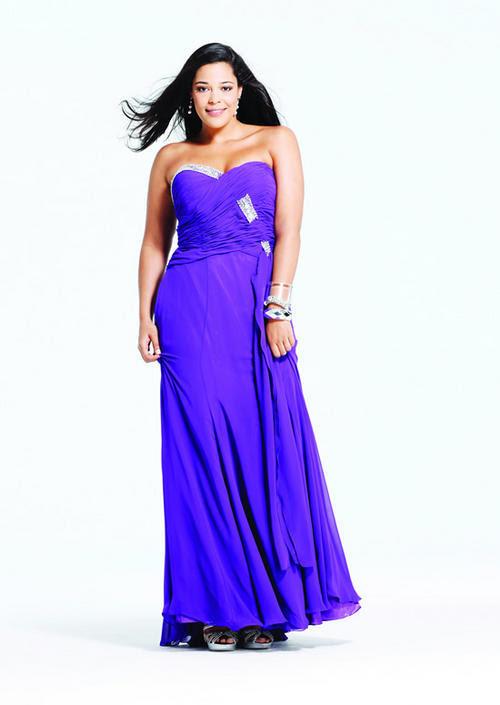 Evening dresses for fuller figure