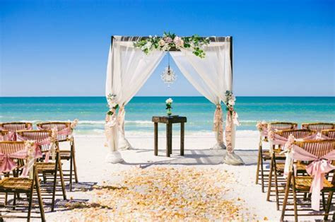 Bush versus Beach Weddings   Which is the best