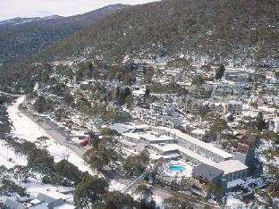 Whispering Pines 1 Private Holiday Apartment Snowy Mountains