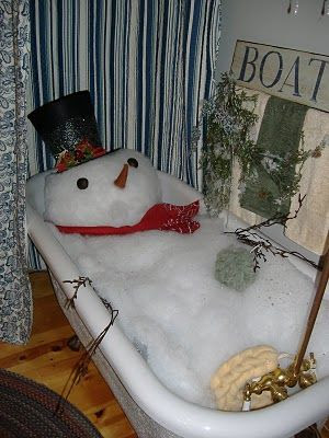 can you imagine walking into this bathroom at a Christmas party? This just makes me laugh!!! !