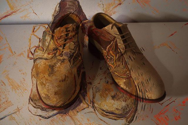 Shoes, Vincent van Gogh, 1888 + Foto dos sapatos do Fotógrafo 2011;