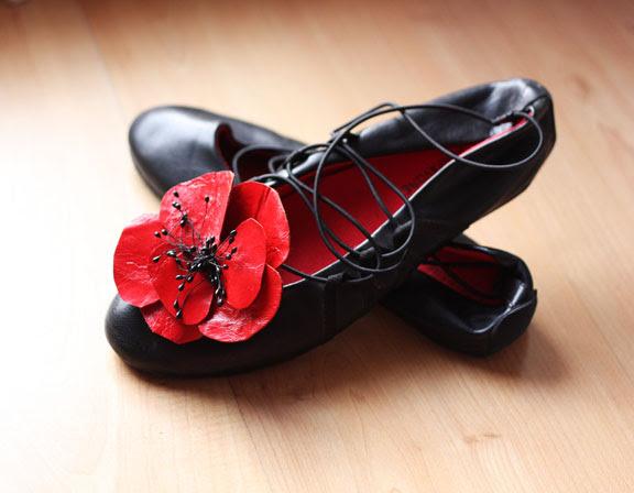 Poppy shoe leather clips