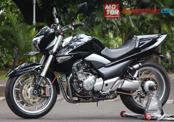 Motor Suzuki Sport