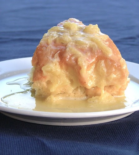 cake with pinepple jam and pinapple sauce