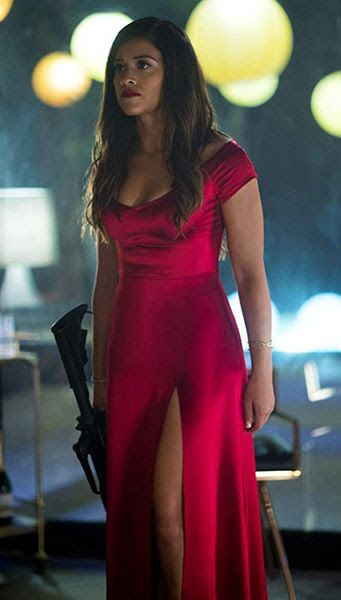 Gina Rodriguez plays Gloria, a make-up artist-turned-assassin in MISS BALA.