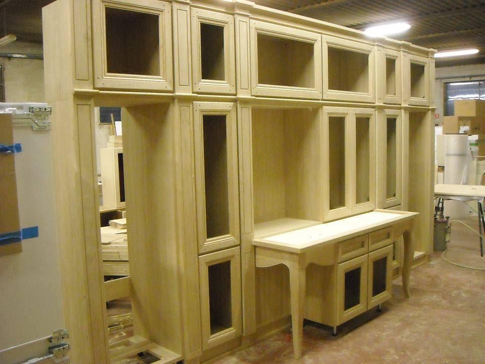 arredamenti in legno massello su misura