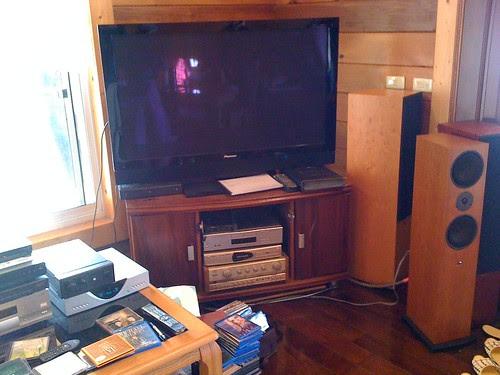 飛來居民宿:50吋的Pioneer電漿電視