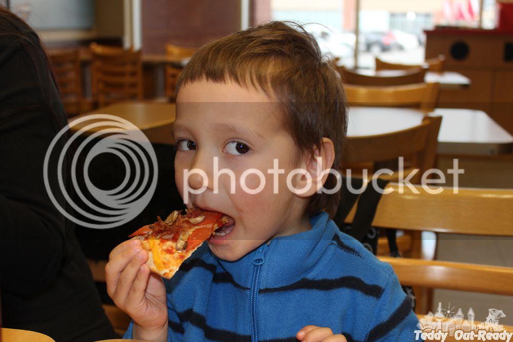 Extreme Pita Pizza