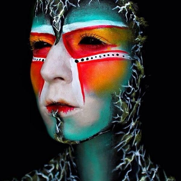 maquillage Creepy et coloré par 19 ans Stephanie Fernandez