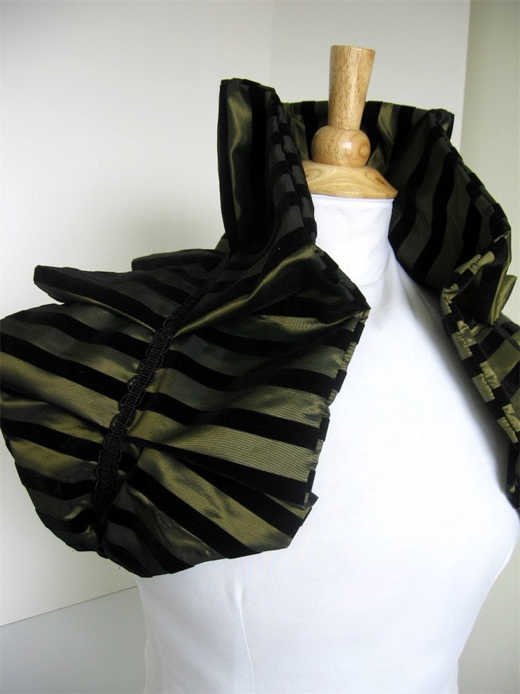 Harlequin Series - Victorian Shoulder Wrap Shrug