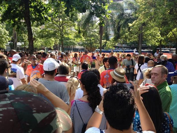 Banda de Ipanema empolga público na Praça Generaç Osório (Foto: Marcelo Elizardo / G1)