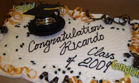 Cakes By Happy Eatery » Graduation