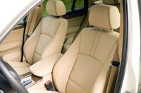 2011 BMW X3 xDrive28i front seats
