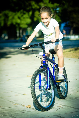 Jimena en bici by escael