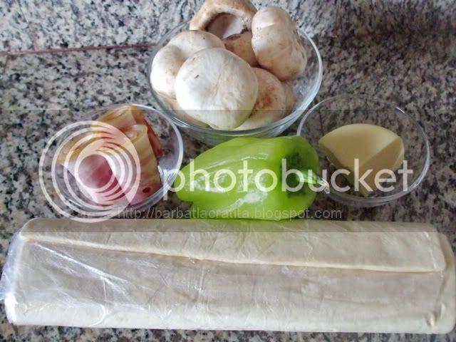 -Foietaj-cu-ciuperci-si-bacon-02