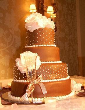 wedding cakes   Of Weddings And Tiaras