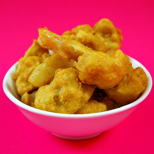 cauliflower pakoras ©