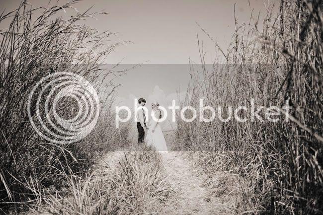 http://i892.photobucket.com/albums/ac125/lovemademedoit/FA_sharethelove_037.jpg?t=1304431572