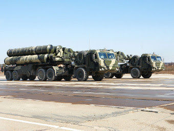 """ЗРК С-400 """"Триумф"""". Фото с сайта allcran.ru"""