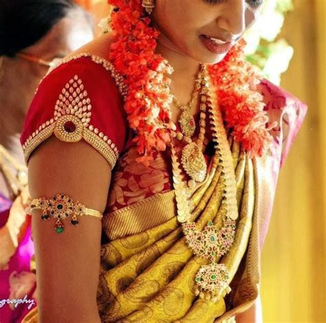 MODELS OF BLOUSE DESIGNS: LATEST WEDDING BLOUSE WITH HANDS