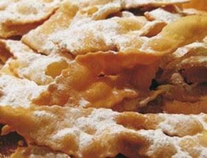 carnevale,chiacchiere,dolce,biscotti,cenci di carnevale,farina,buccia di limone