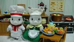 Sylvanian Kitchen Pair