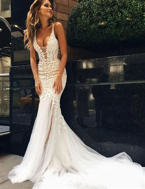 Appliques V Neck Elegant Mermaid Open Back Wedding Dress