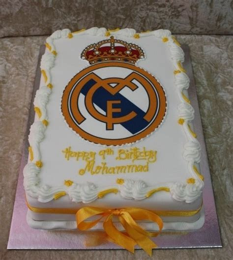 Real Madrid cake 3