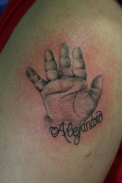 Mano Bebe Tatuajes Online