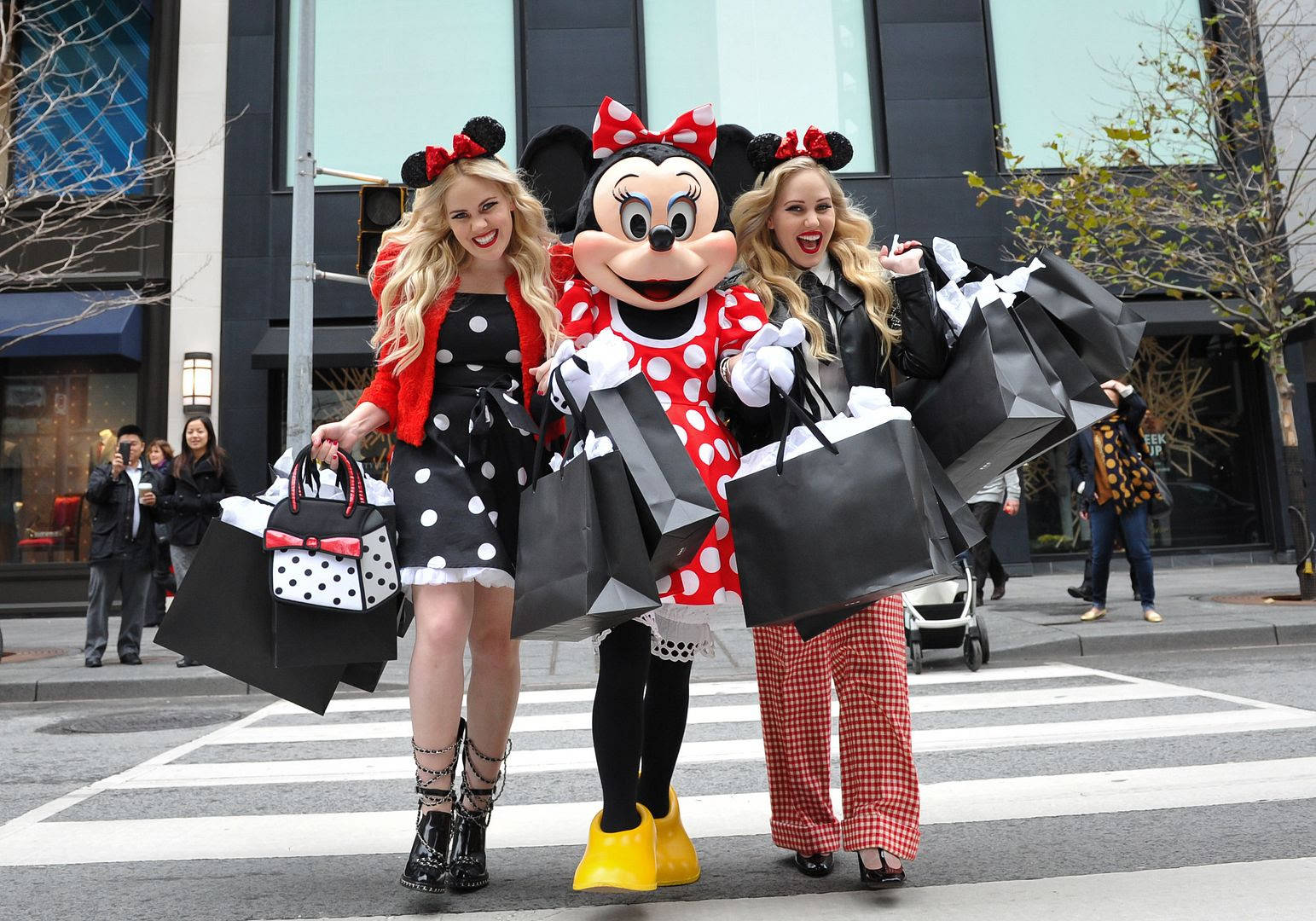 photo minniestyle-minniemouse-disney-beckermanblog-cailliandsambeckerman-disney-worldmastercardfashionweek-toronto-13_zpsc794e5f7.jpg