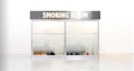 leandro-erlich-smoking-room1